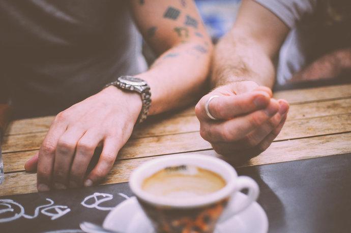 rsz_restaurant-hands-people-coffee