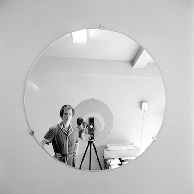 FVM_VM Self Portrait Round Mirror Repeating Image_©Vivian Maier_Maloof Collection_online.jpg