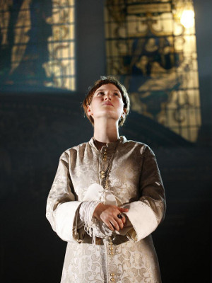 Sophie Crawford (Pope Joan) in Pope Joan at St James' Church Piccadilly. Photo by Simon Annand_preview.jpg